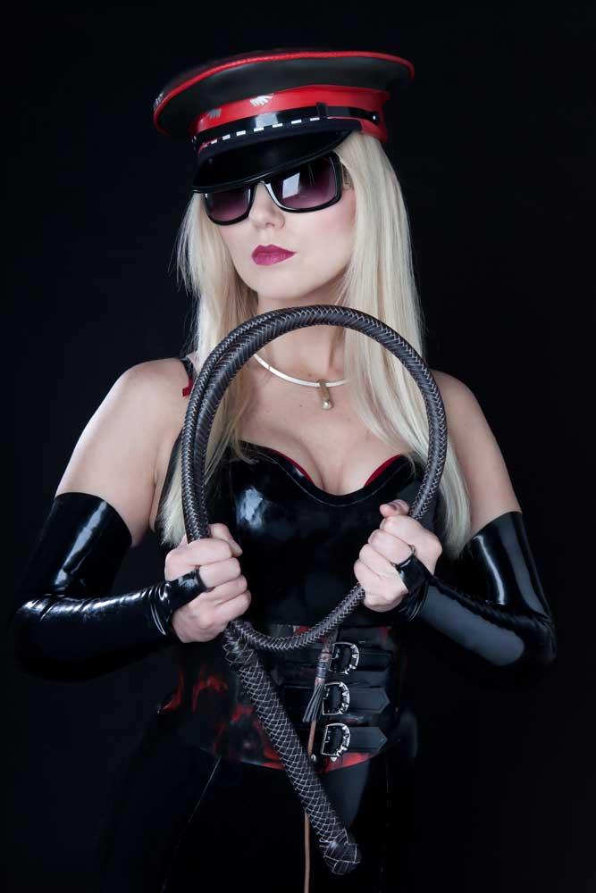Mistress Alexandra Wildfire